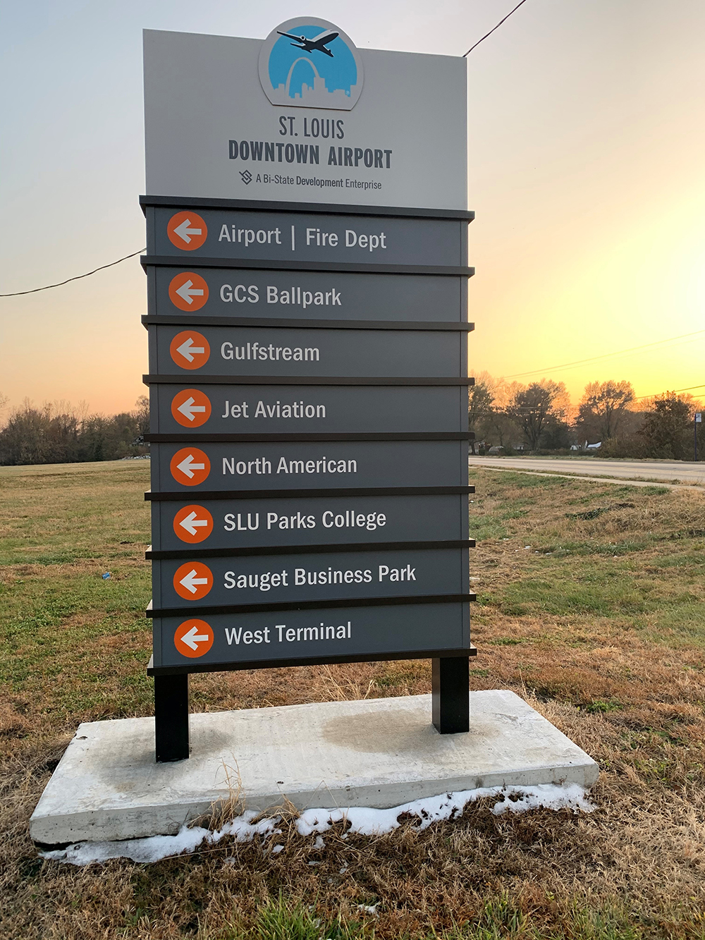 STL Downtown Airport Signage